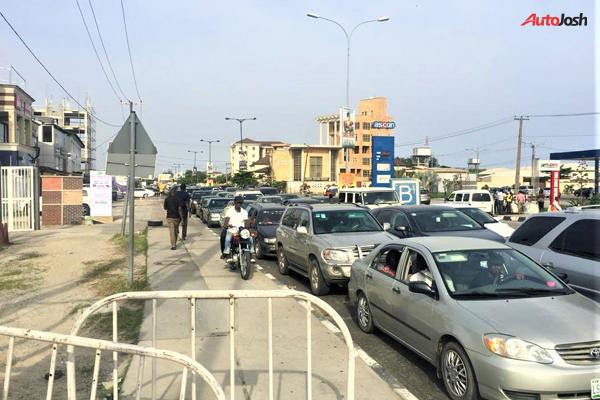 Gridlock At lekki-ikoyi Bridge Lagos 9