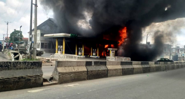 Terrible: NNPC Filling Station Guts Fire at Ogba, Lagos 10