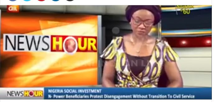 Npower Volunteers Protest Disengagement without Transition into Civil Service-AIT (Video)